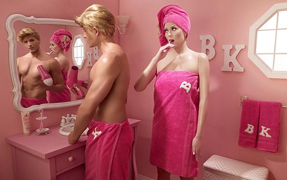 Dina-Goldstein-BathroomMirror